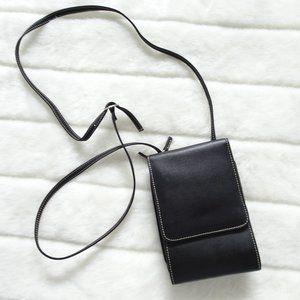 🌵Pick Any 3 Item 4 $20 Mundi Leather Body Purse